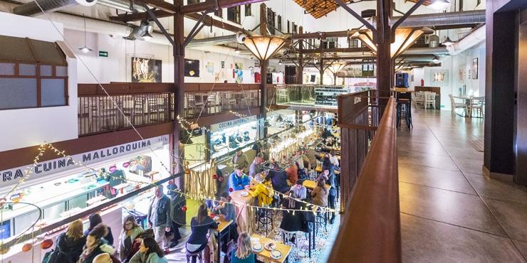 Palma de Mallorca: Essen und Trinken im alten Schlachthof