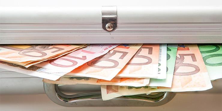 Anzeigepflicht von Bargeld im Grenzverkehr innerhalb der EU