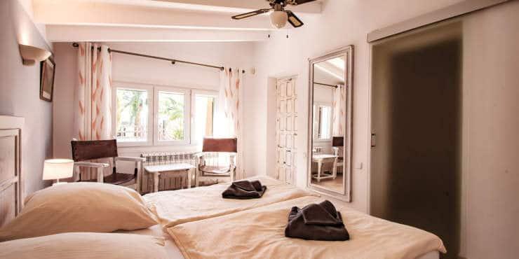 9144-Villa mit Apartment-h.jpg