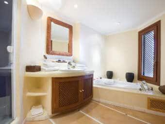 9338-designer-villa-port-andratx-k.jpg