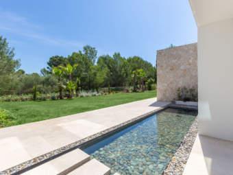 9443-moderne-villa-novasantaponsa-d.jpg
