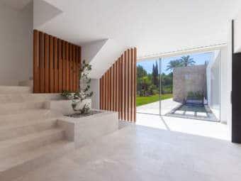 9443-moderne-villa-novasantaponsa-e.jpg