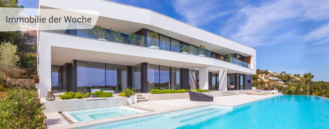 Luxusvilla mit grandiosem Blick in privilegierter Lage
