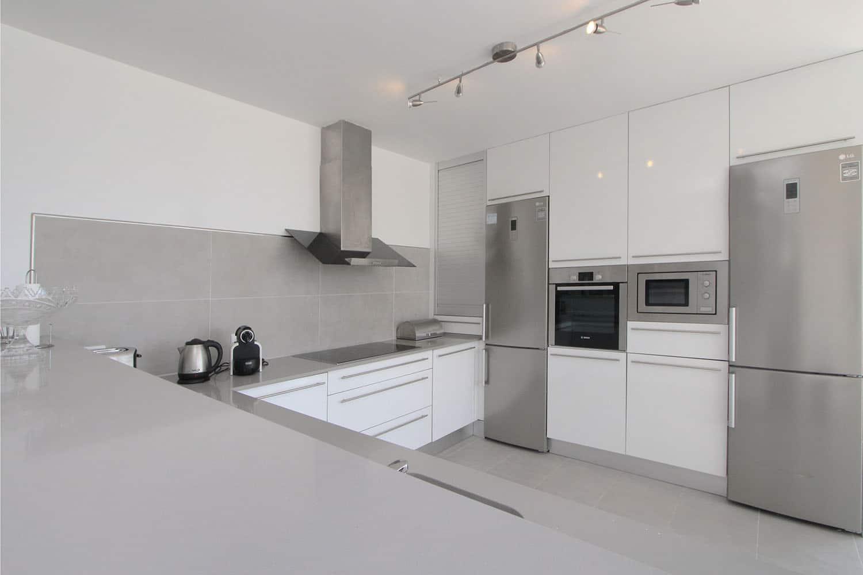 8330-apartment-beach-magaluf-d.jpg