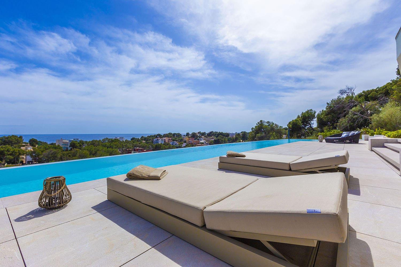 8392-luxus-villa-portals-mallorca-b.jpg