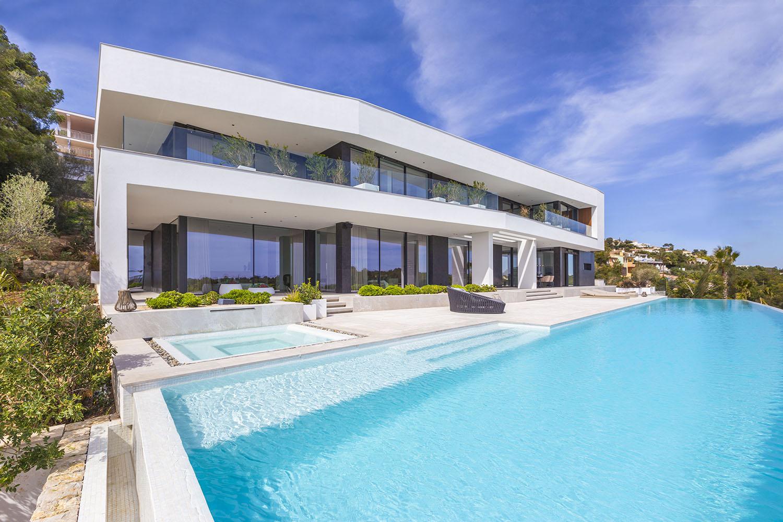 8392-luxus-villa-portals-mallorca-c.jpg