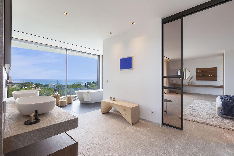8392-luxus-villa-portals-mallorca-l.jpg