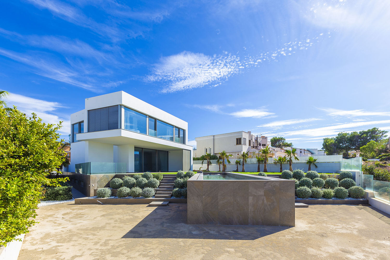 8432-moderne-meerblick-villa-port-adriano-d.jpg