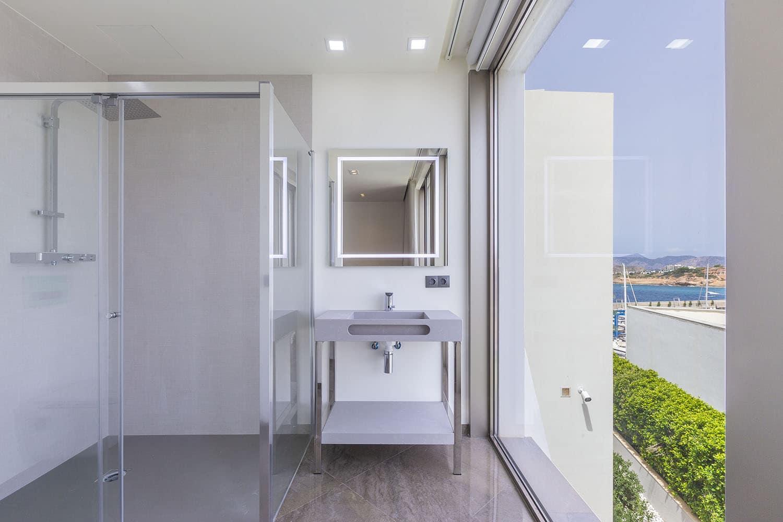8432-moderne-meerblick-villa-port-adriano-l.jpg