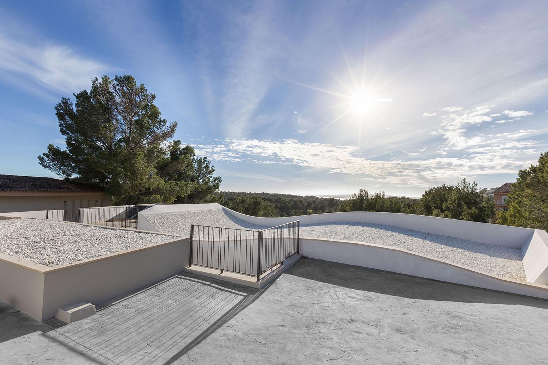 9073-moderne-villa-cas-catala-l.jpg